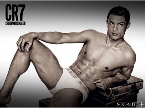 cristiano-ronaldo-cr7-underwear-line-09272013-09-600x450