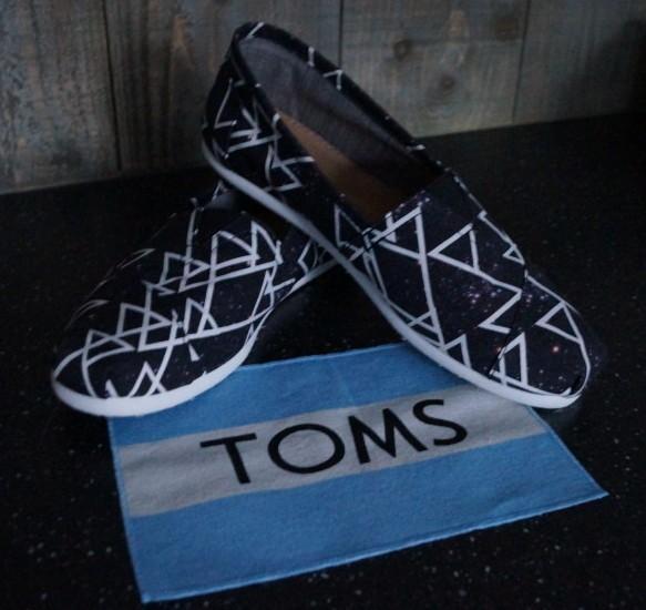 2186534d199 Yes mijn eigen Toms schoenen. De Toms Classic, Paul Van Dijk special.