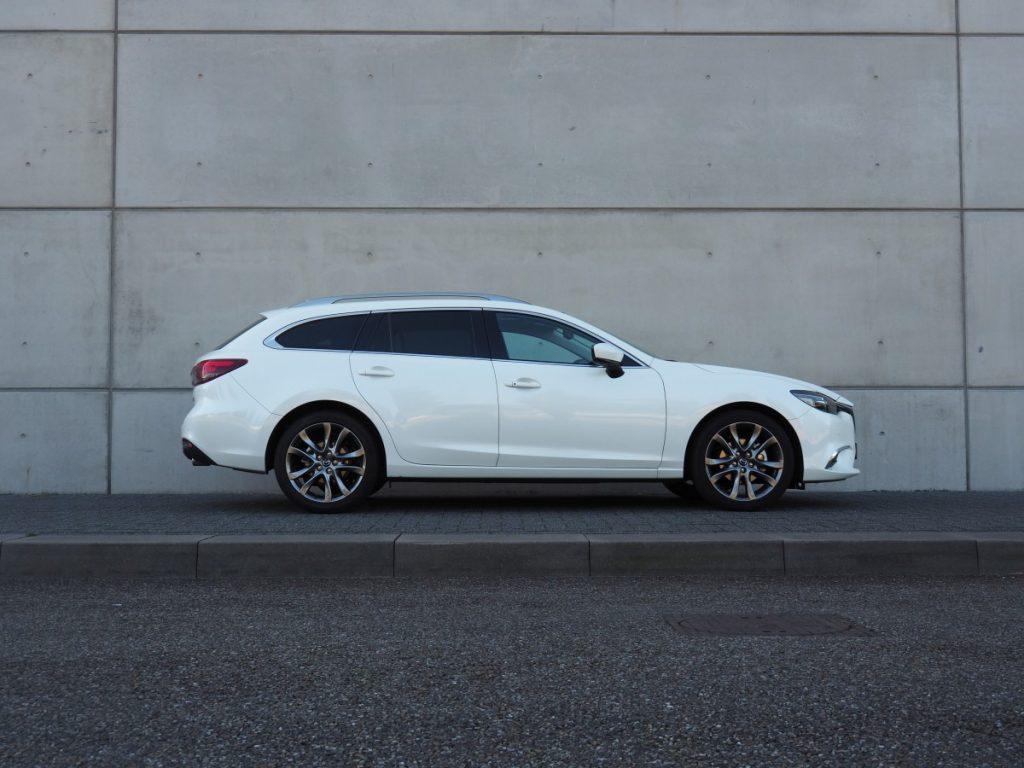Mazda 6 zijaanzicht