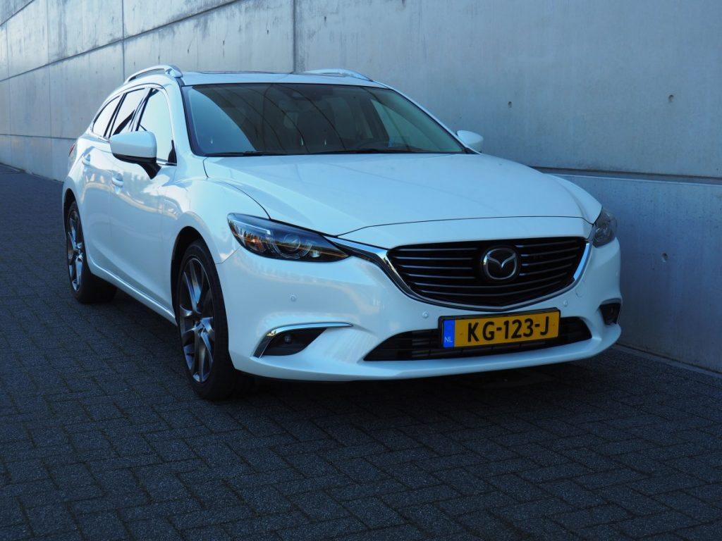 Mazda vooraanzicht