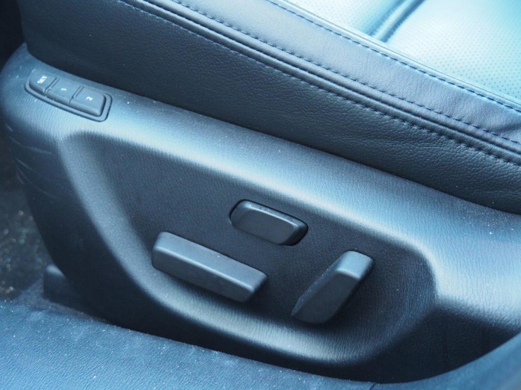 heerlijke stoelen in Mazda