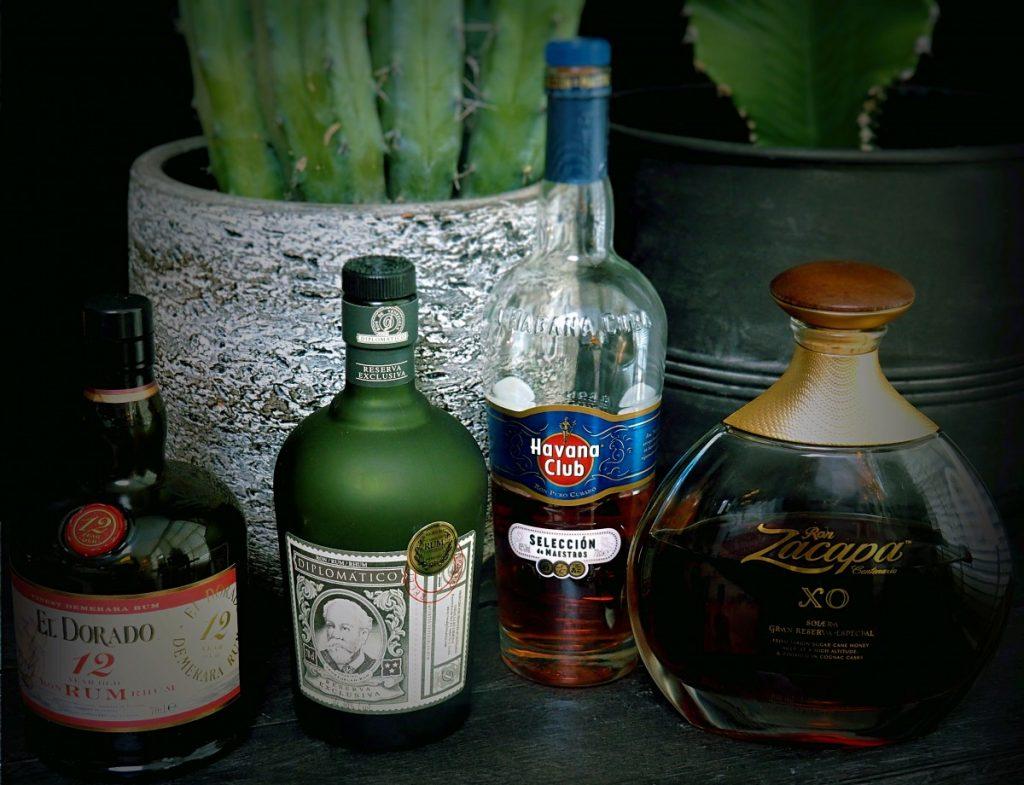 mijn collectie bruine rum, favoriet is de Diplomatico en Ron Zacacapa XO