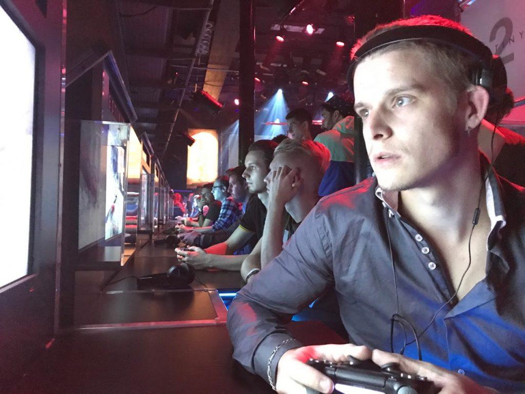 Destiny 2 Launch event melkweg PlayStations op een rij