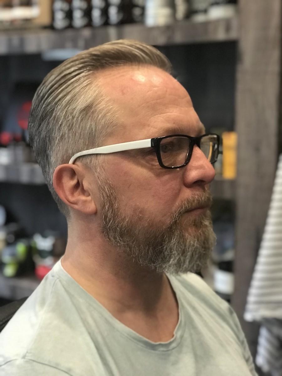 Ongebruikt inspiratie herenkapsels voor mannen met grijs haar - B4men ZT-43