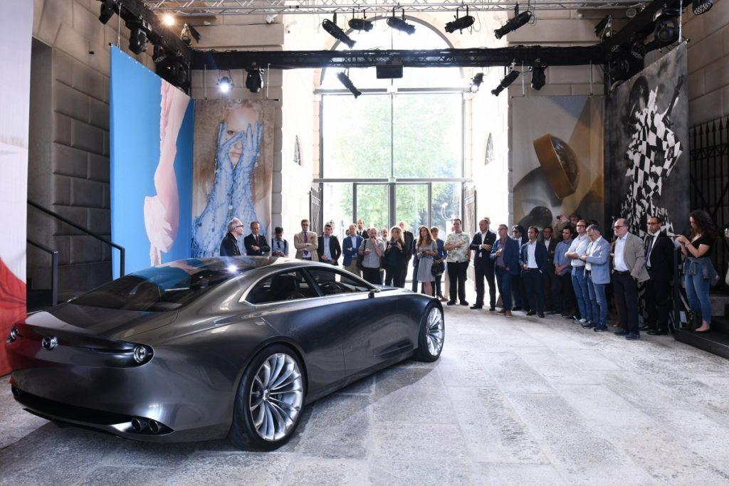 introductie Mazda concept car toekomst