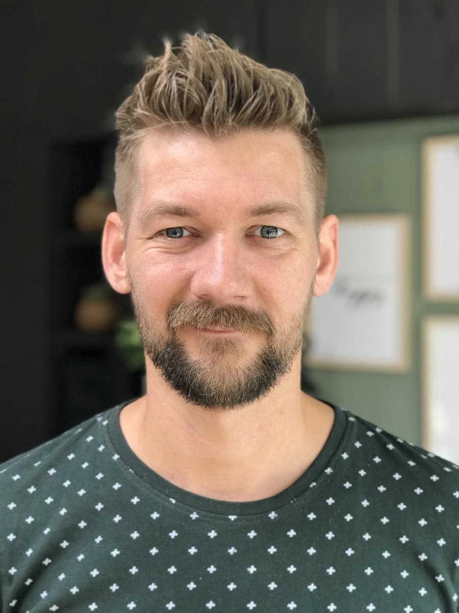 Jan Willem Huffmeijer frontaal gefotografeerd