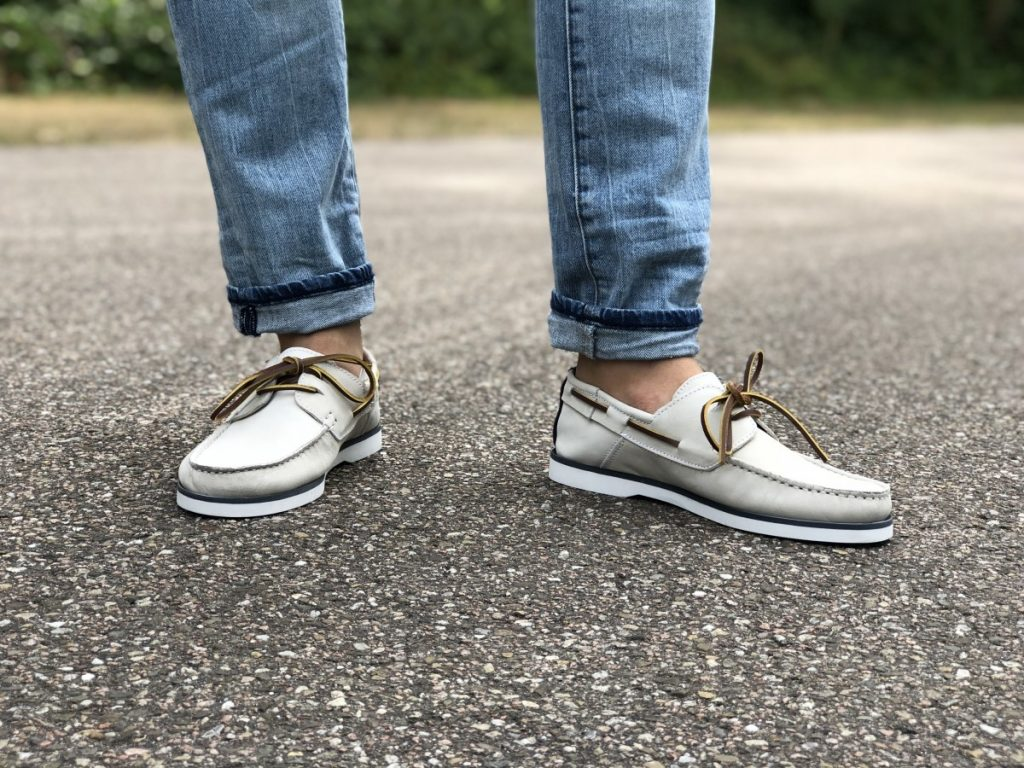 Witte bootschoenen van esprit