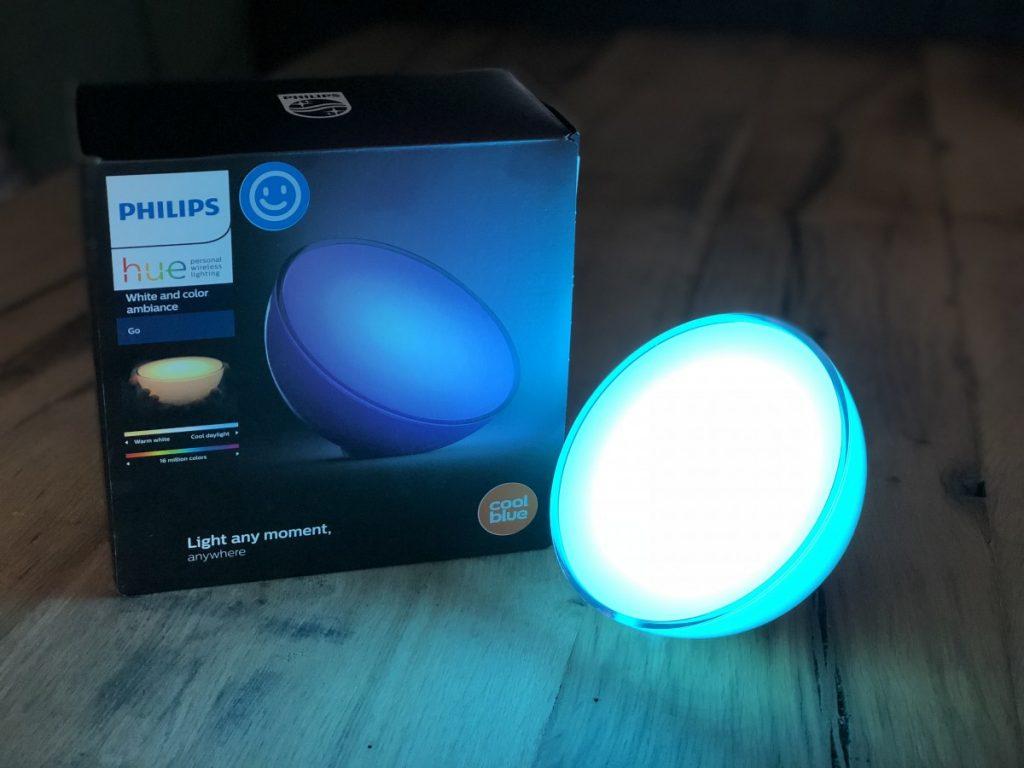 Philips Hue Go Lamp met blauwe verlichting
