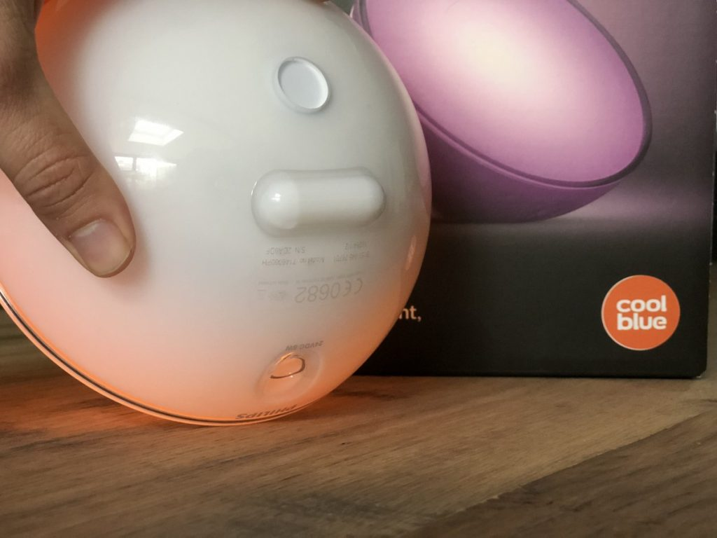 Philips Hue Go Lamp aansluiting stekker