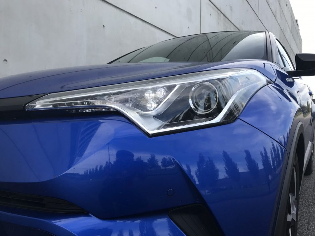 Toyota C-HR Adventure 1.8 hybride koplamp
