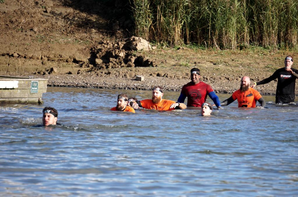 Zwemmen Spartan Eiland van Maurik