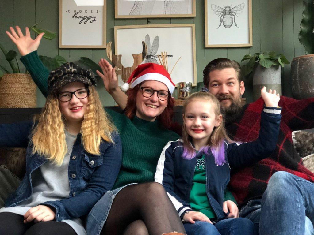 Kerst B4men en Familie over de Kook