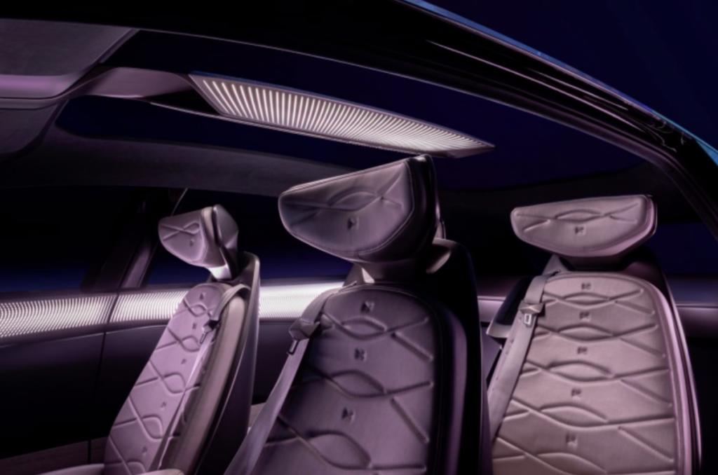 Het interieur van de Volkswagen