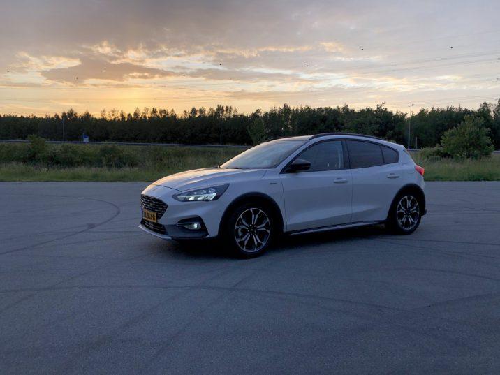De nieuwe Ford Focus Active Business cross-over autoreview van B4men