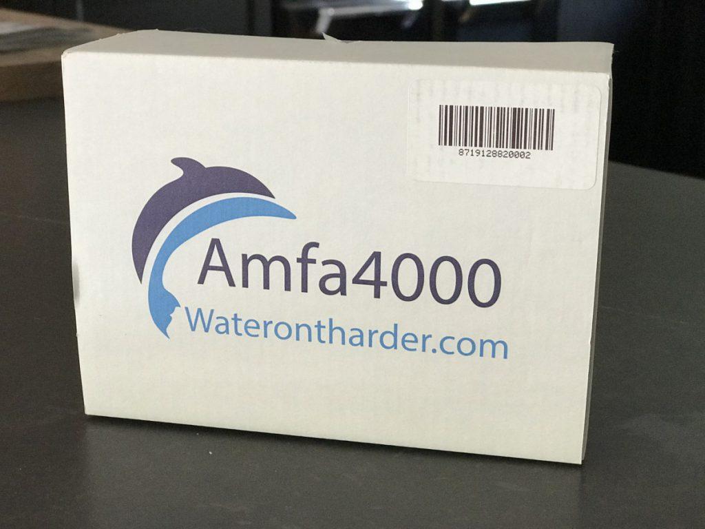 Doosje met de Amfa4000 waterontharder