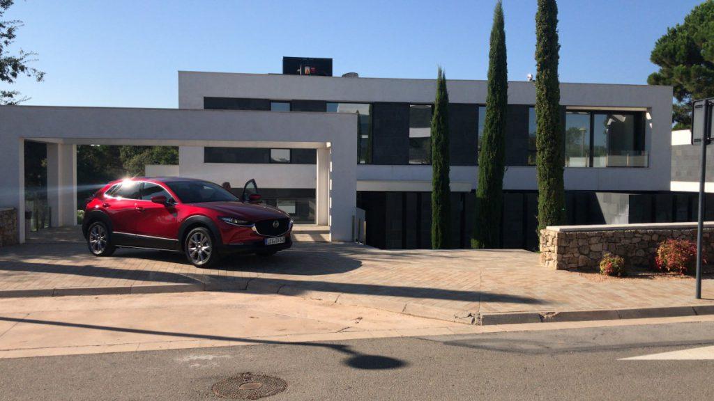 De Mazda voor een dikke villa in Spanje