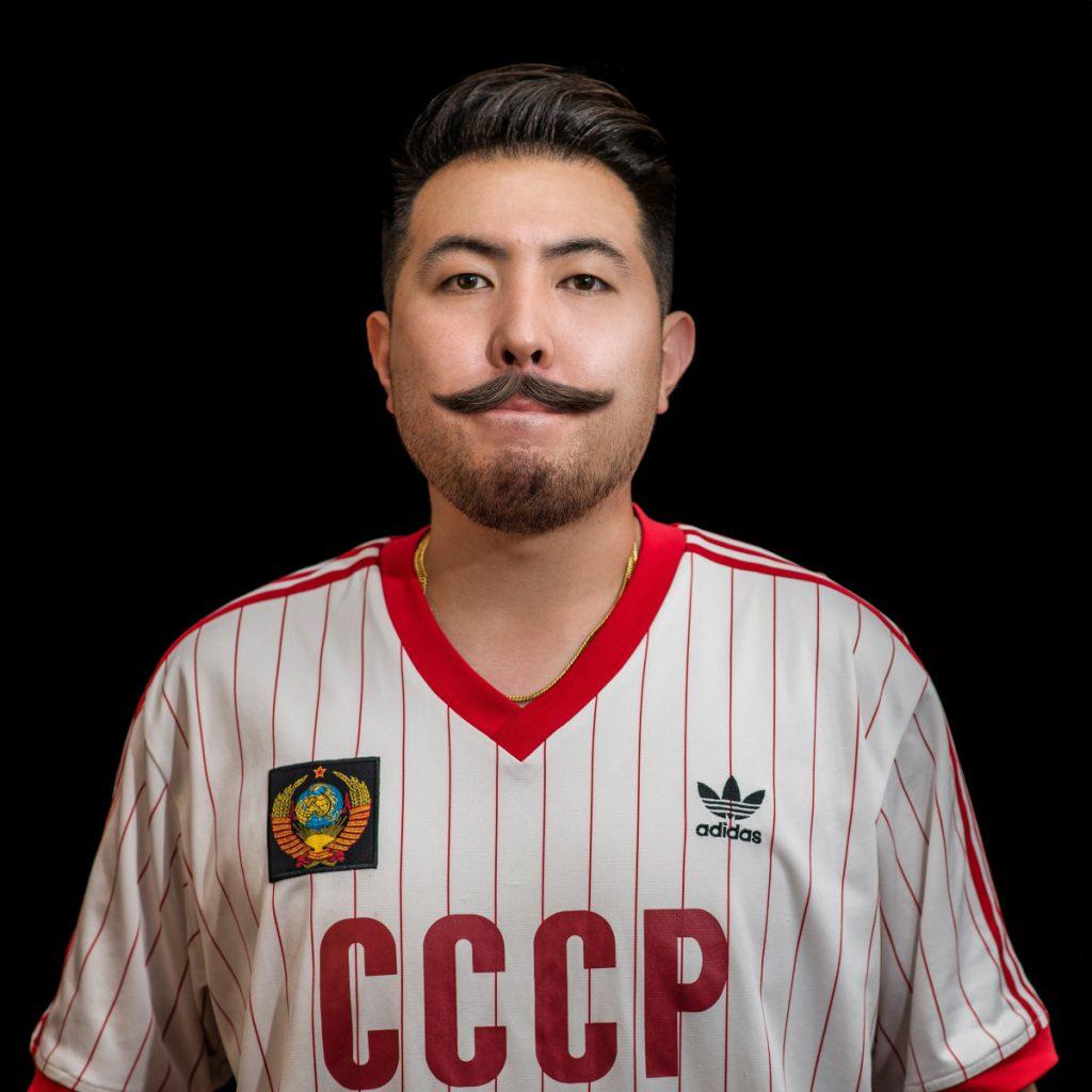 Toffe foto van een Mexicaan met de snor in 2020