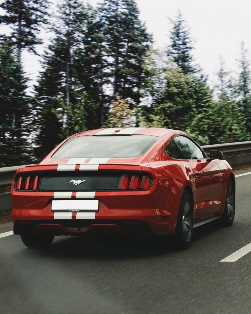 Mijn favoriete auto om te importeren is een Ford Mustang