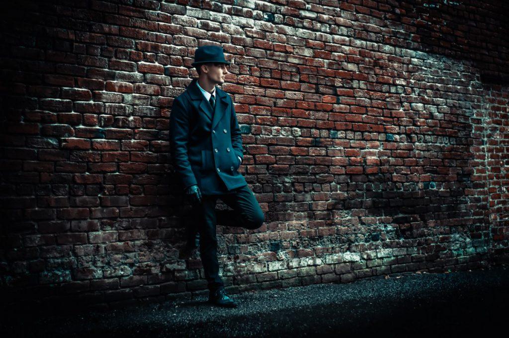 mooie donkere foto met toffe kleding voor mannen