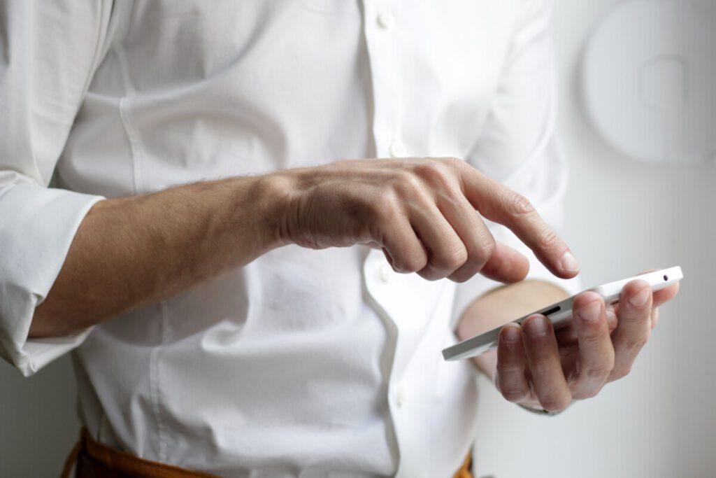 houd je telefoon duurzaam met een telefoonhoesje
