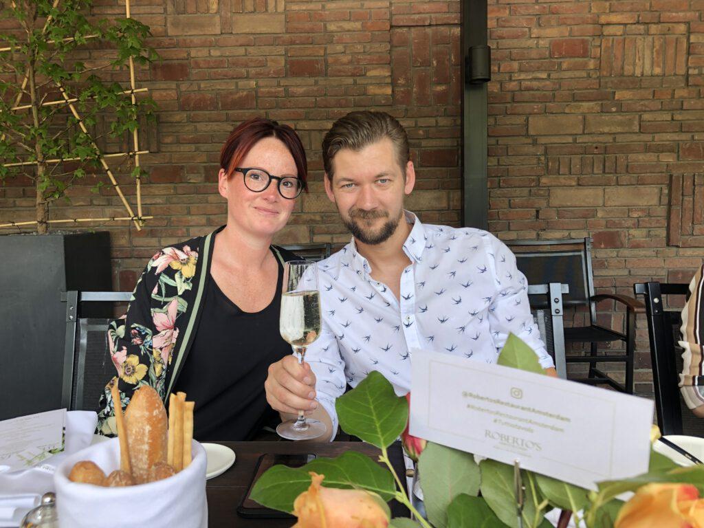 Marie Louise Kaldenbach en Jan Willem Huffmeijer aan tafel