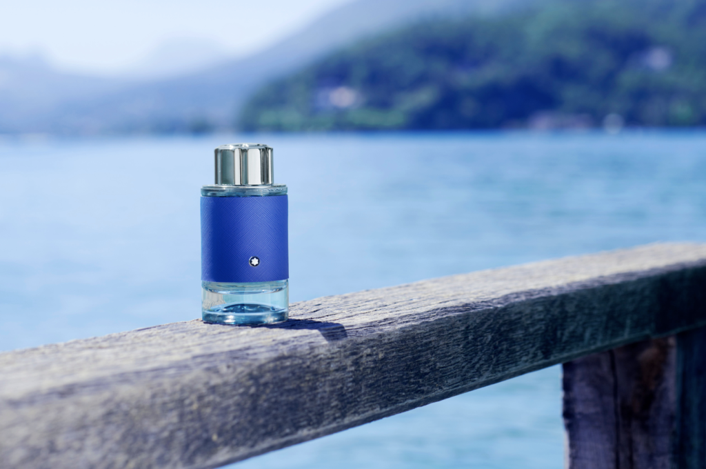 De parfum op een meer